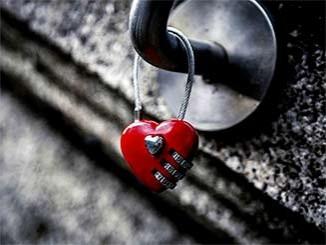 رسائل رومانسية وحب للمخطوبين والحبيبة